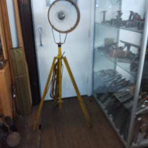 "Nice GWO 58"" Vintage 110V Tripod Flood Light 36519"