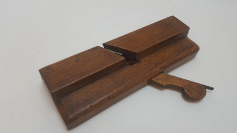 J Miller no 5 1 3/82 Wide Moulding Plane Clean c1834-47 12788-The Vintage Tool Shop