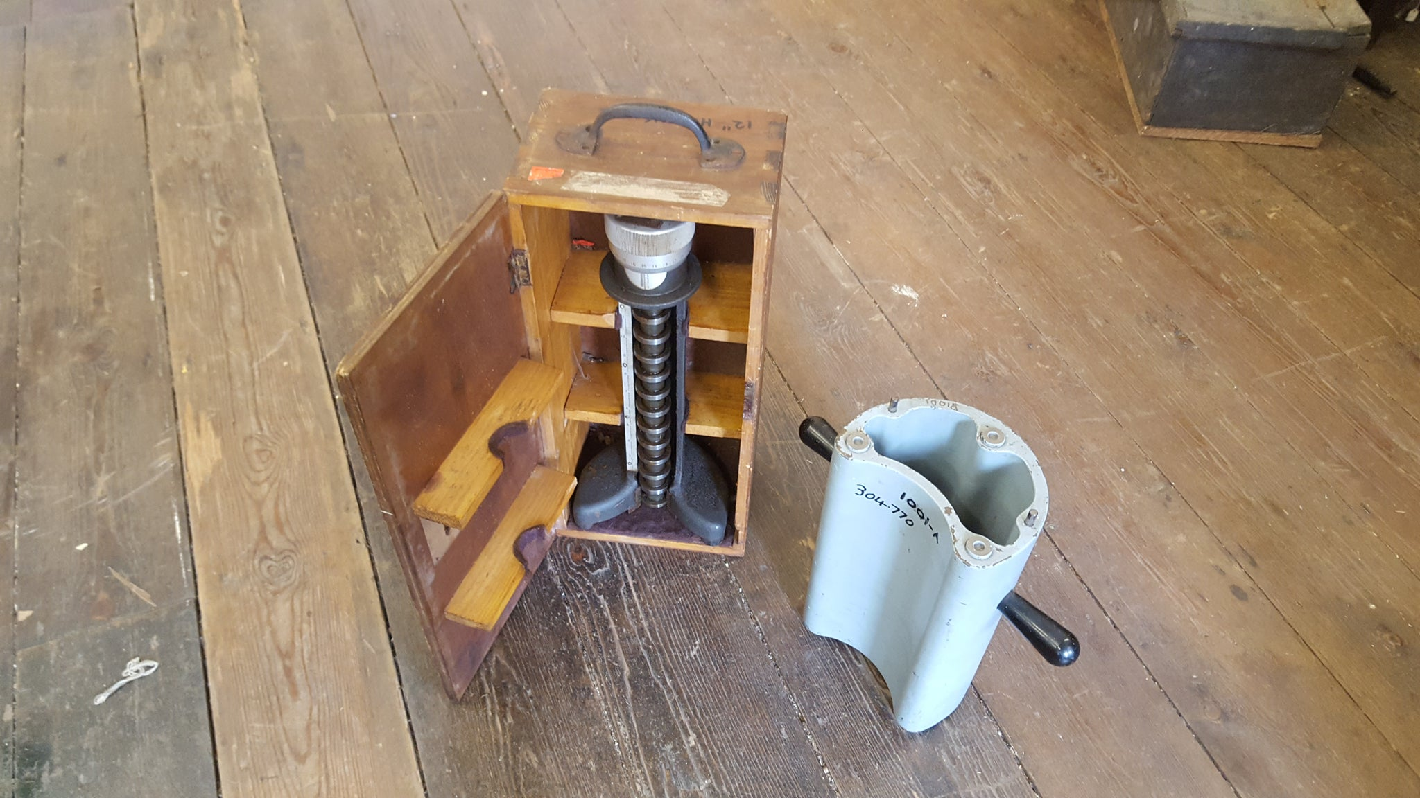 Engineer Catmur Ltd Hommel Werke Heightmaster w/ Case & Stand VGC 15558-The Vintage Tool Shop
