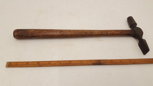 Amazing Very Large Vintage 13 oz Cross Pein Hammer 18292