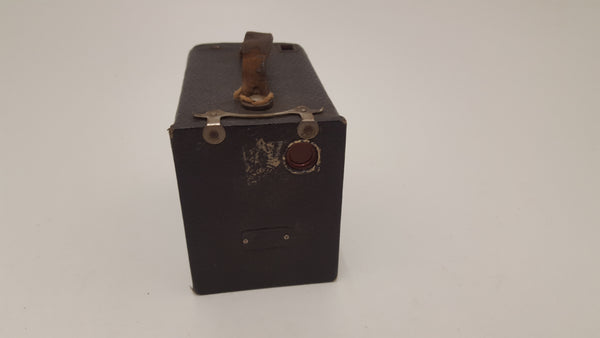 Incredible Kodak Brownie 2 Box Camera w Case 22310