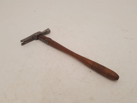 2oz Vintage Foreign Hammer w Tack Pulling Claw 26421