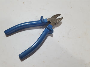 "6"" Vintage Wire Cutting Pliers w Insulated Grips 27225"