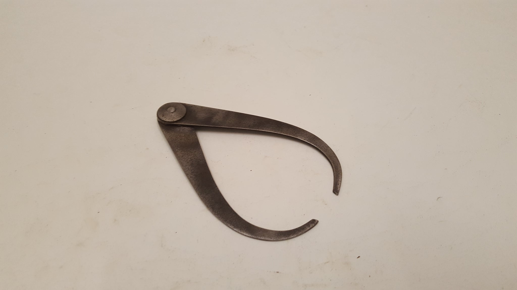 "Small 4"" Vintage Fixed Joint Caliper 35543"