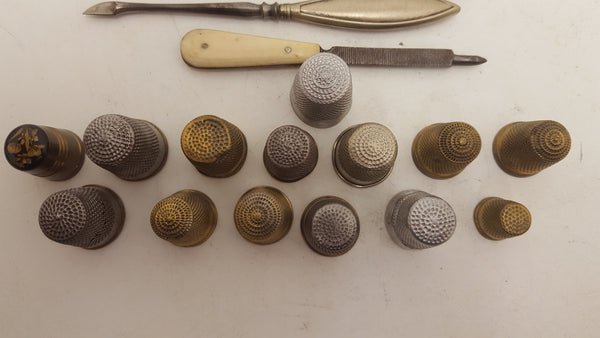 Set Of Vintage Thimbles & Sewing Tools VGC 18834