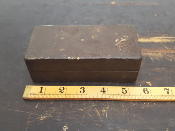 "Small 3 x 2"" Vintage Carborundum Sharpening Stone in Wooden Box 28681"