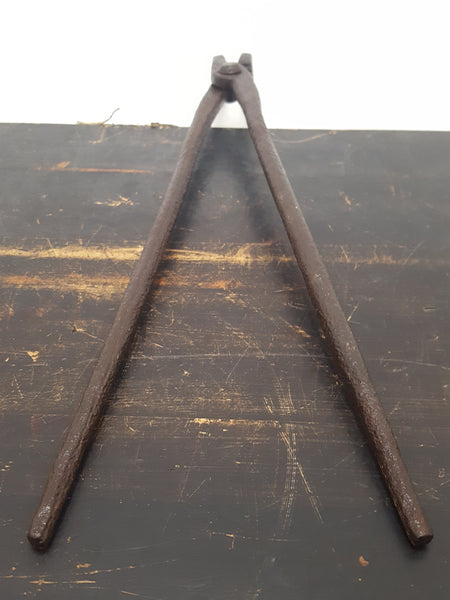 "18"" Cast Iron Antique Side Mouth Blacksmith Tongs 28959"