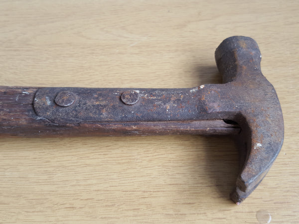 1lb 5oz Vintage Strapped Claw Hammer 31573