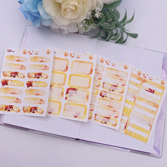 Vertical Planner- Essential Kits - Maple Leaves