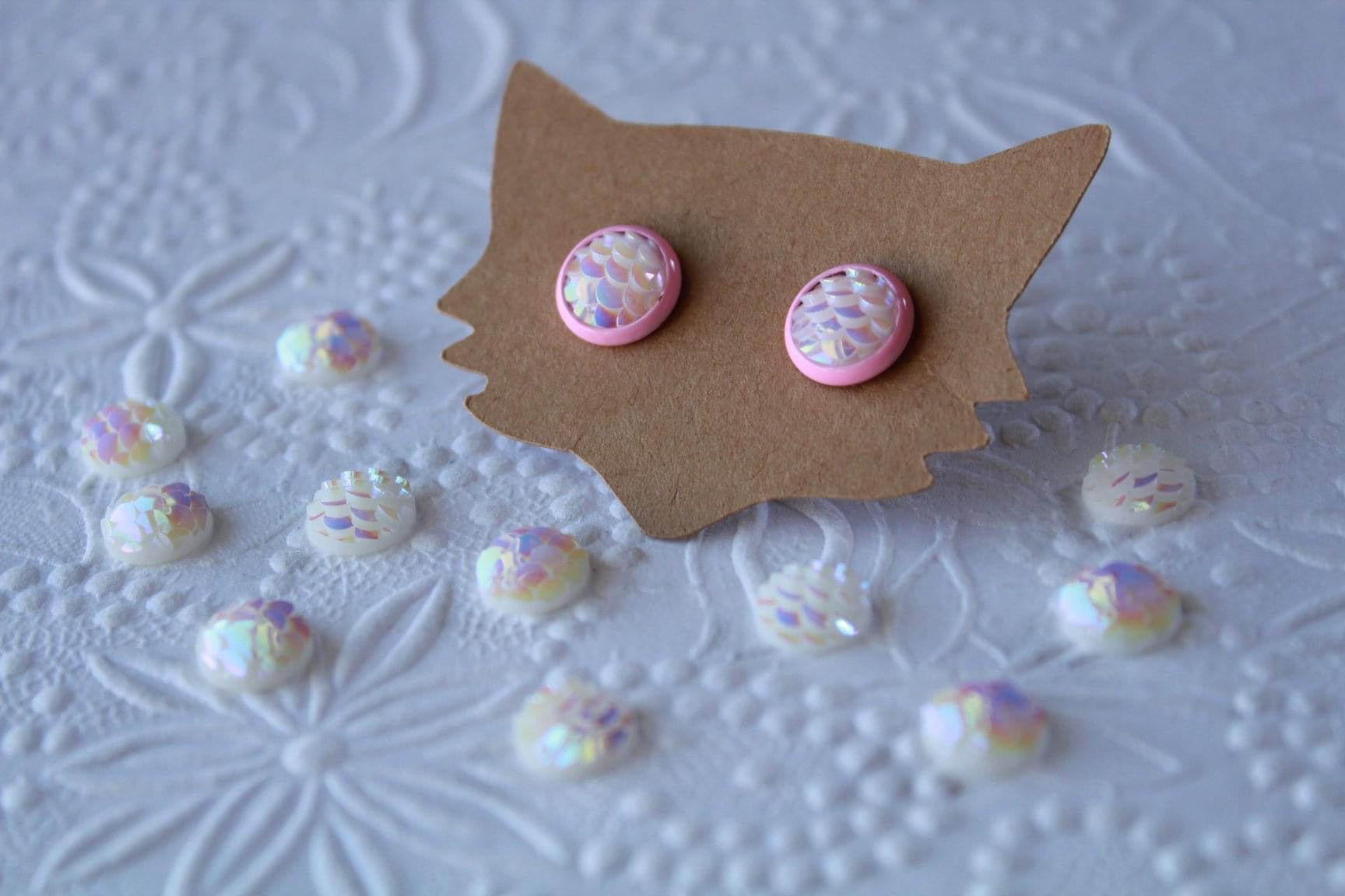 8mm White Mermaid/Pink Studs