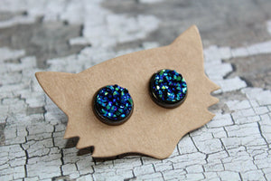 10mm Blue/Green In A Gunmetal Stud