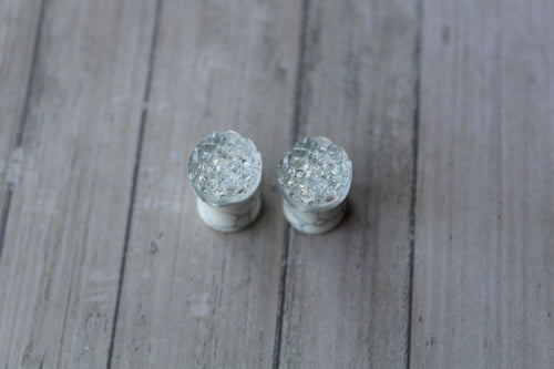 0G (8mm) White Turquoise Plugs
