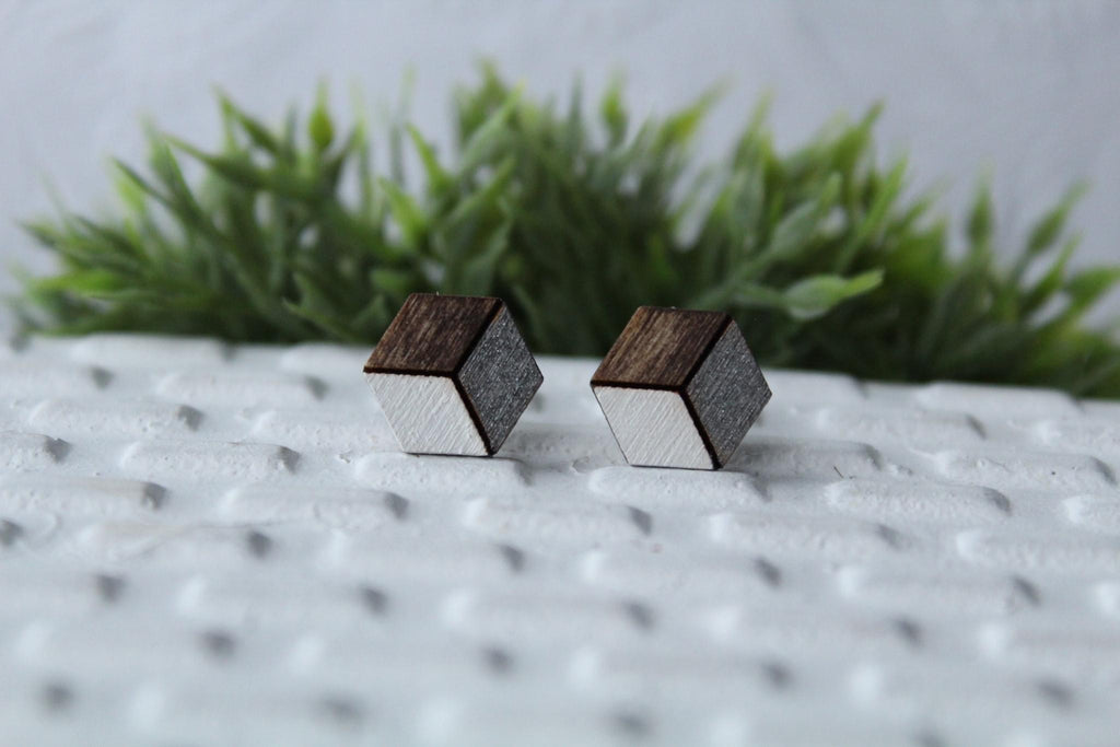 Wood White/Metallic Grey Earrings