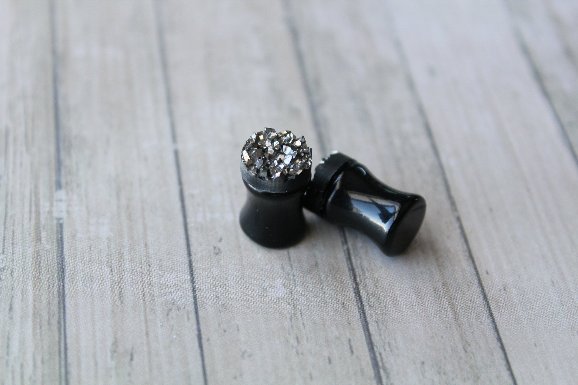 0G (8mm) Acrylic Plugs