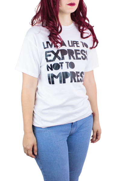 LIVE A LIFE TO EXPRESS WHITE TEE