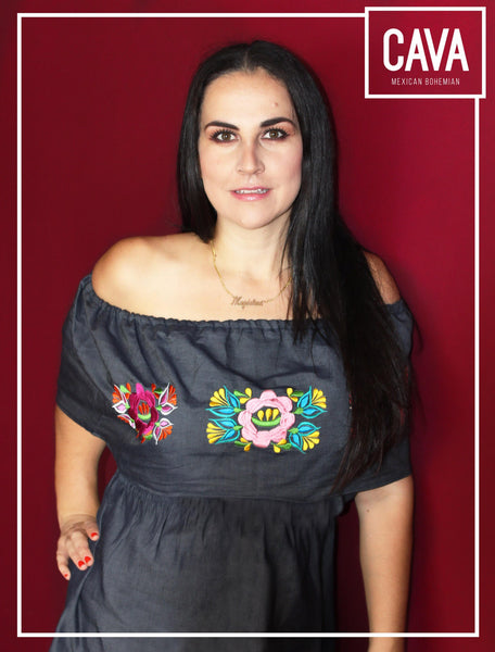 VESTIDO OFF THE SHOULDER BORDADO