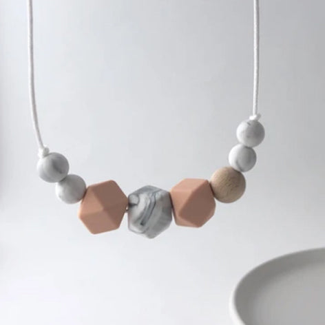 the aria teething necklace