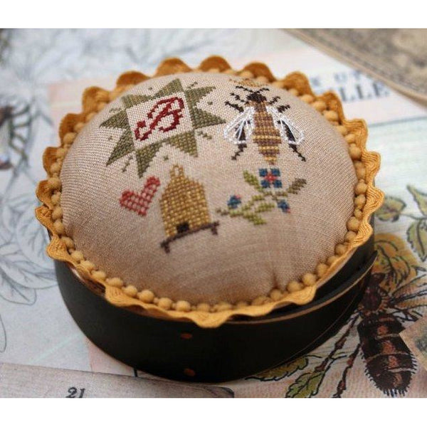 Queen Bee Pincushion Pattern