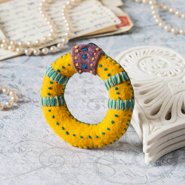 12 Days of Christmas - Gold Ring Mini Embroidery Kit