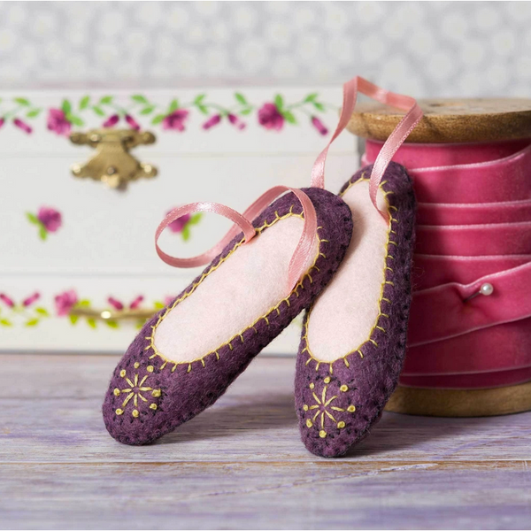 Dancing Shoes Embroidery Kit