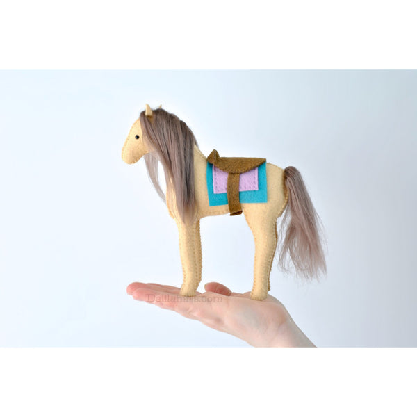 Felt Horse Sewing Kit