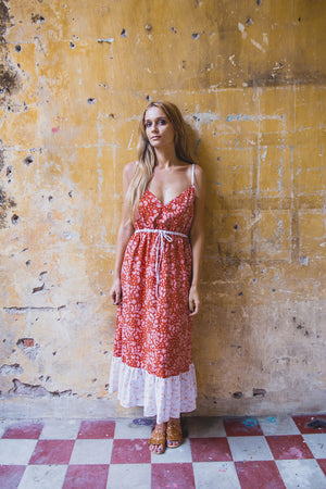 DAHLIA DRESS BRICK RED PAISLEY FRONT