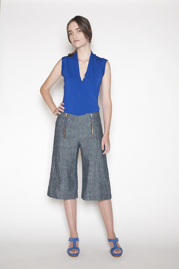 Sustainable hemp and organic cotton pants made in Vancouver, BC Canada. Front.