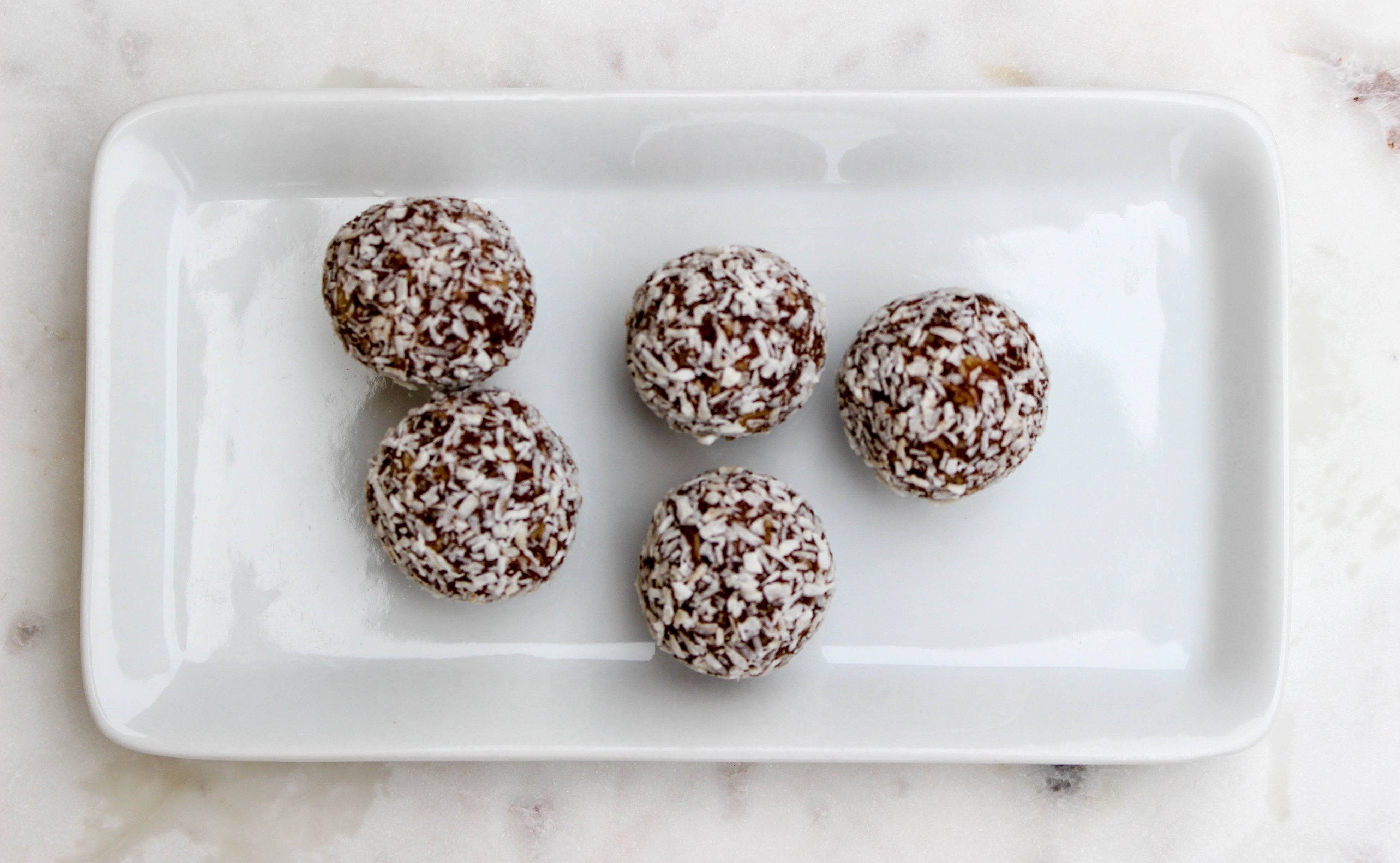 Chocolate Peanut Butter Energy Bites