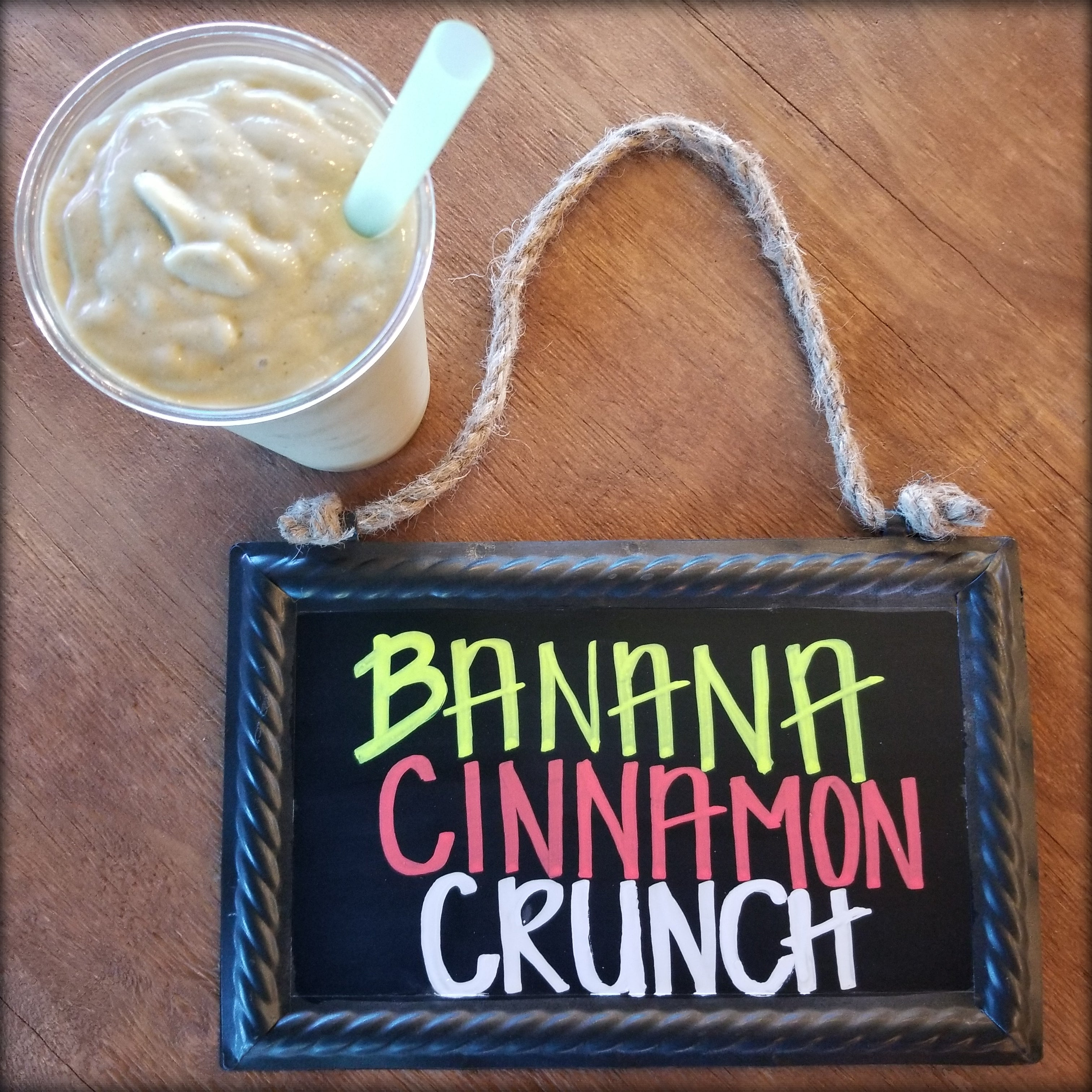 Banana Cinnamon Crunch Protein Smoothie (with stevia)