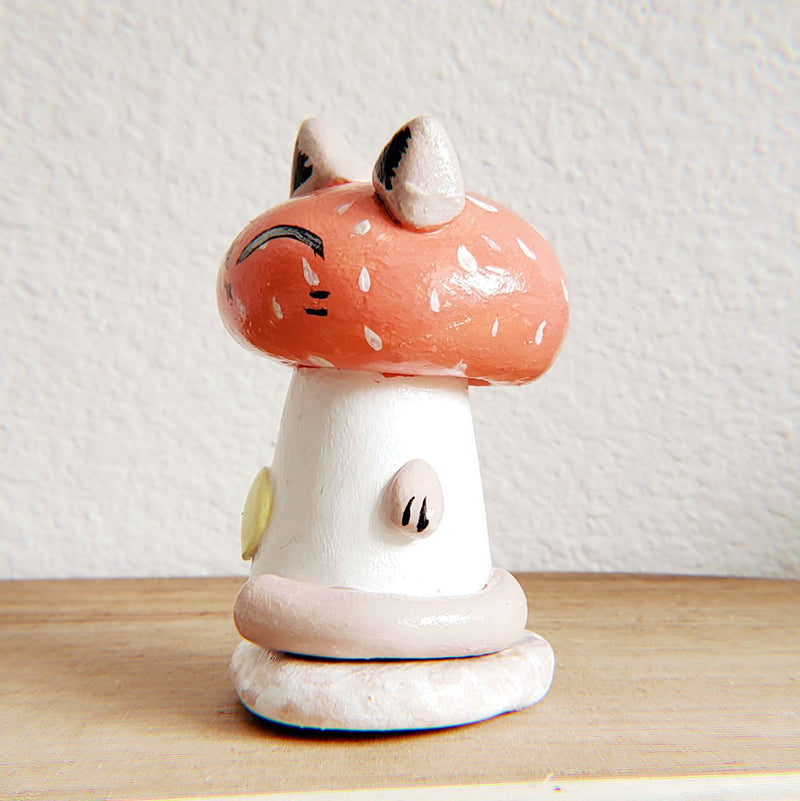 No.12 - Handmade Clay Cat Sculpture - PlatterCats Creative