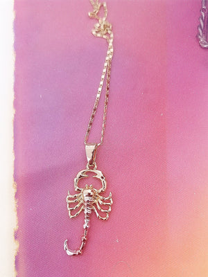 Scorpion Venenosa Necklace