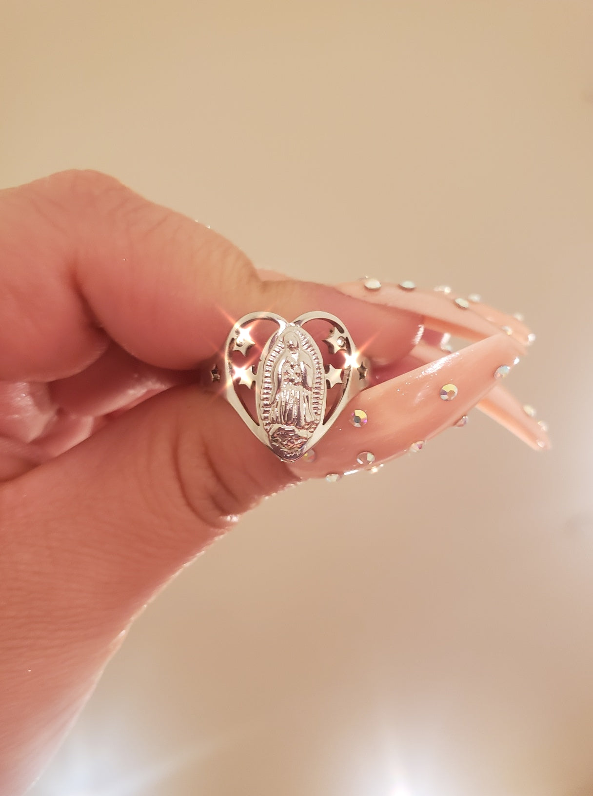 Heart shape ring with virgin mary image