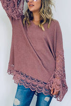 Load image into Gallery viewer, Gorgeous Lace Trimmed Top (Mauve)