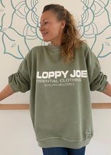 Load image into Gallery viewer, 05 CLASSIC SQUARE SWEATSHIRT - Khaki