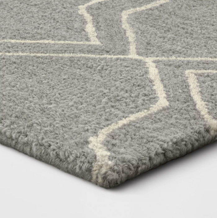 5x7 Gray Tufted Area Rug