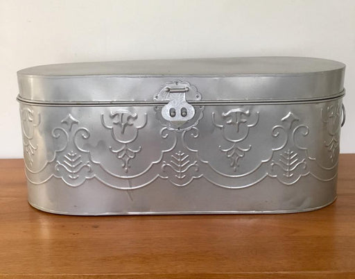 Large Tin Storage/Organizer Bin with Lid