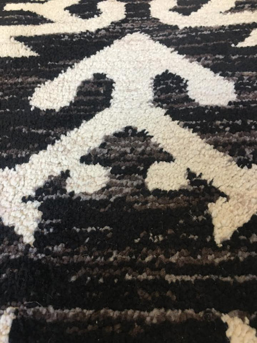 Orian Area Rug 7'4'x10 Made in Turkey - Delivery Available $110