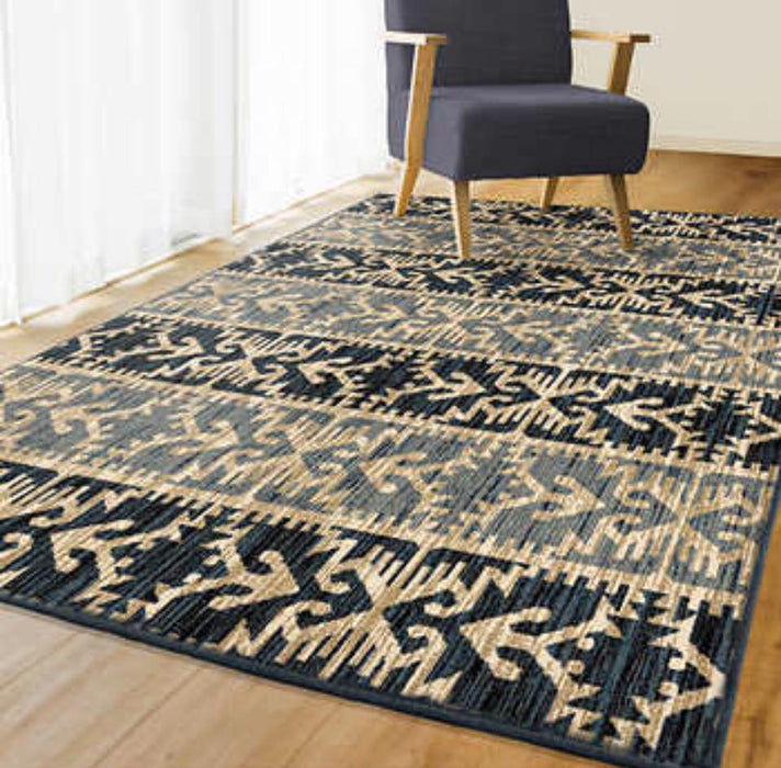7x10 Contemporary Aztec Area Rug in Beige, Grey & Black