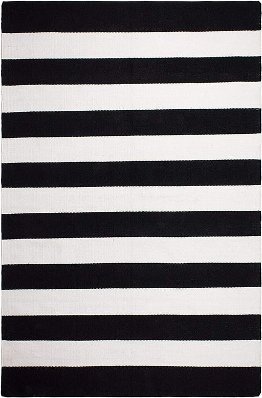 Size 3'x5' Color Black & White Fab Habitat Outdoor, Indoor Rug