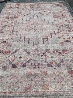 7x10 Pink Area Rug