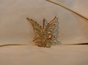 10k Solid Yellow Gold Eagle Pendant Big Size 2.64g With Rose Gold Leaf Design