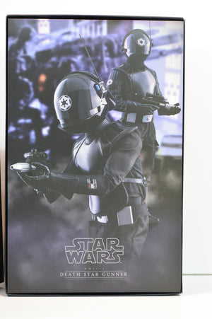 Hot Toys Star Wars Episode IV A New Hope DEATH STAR GUNNER (MMS413)