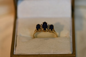 14k Solid Gold Ring Vintage Sapphire Center Stones & Diamonds Beautiful Blue Gems 2.50g Size 8.5