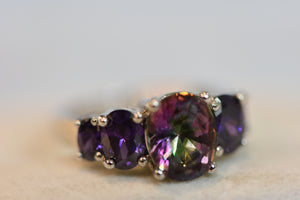 Sterling Silver Ring Purplish Multi Color Crystals (925) 4.79g Size 8