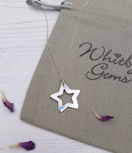 Chunky silver star pendant