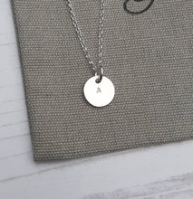 Load image into Gallery viewer, Silver Initial Necklace,Initial Disc,Silver Disc Necklace,Personalized Jewellery,Silver Necklace