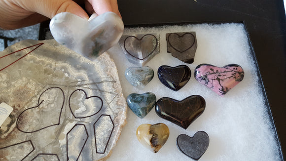 lapidary cabs cabachons hearts stones rock hound quartzsite arizona metal smith silversmith jewelry design gems heart shaped