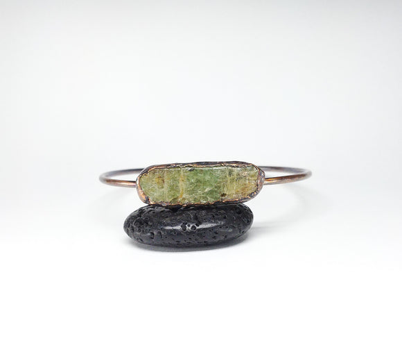 Raw Green Kyanite Bangle Size L
