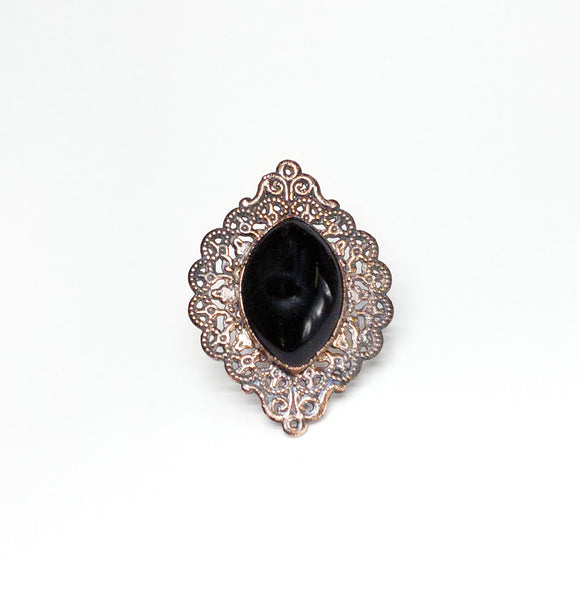 Filigree Ring w/ Black Onyx Size 6-3/4