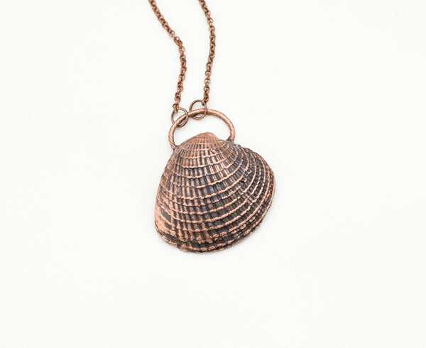 Large Barcelona Shell Necklace - The Wacky Wanderers